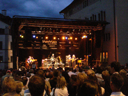 Sherman Robertson performs in the Hauptplatz at the Rapperswuil Blues n Jazz festival