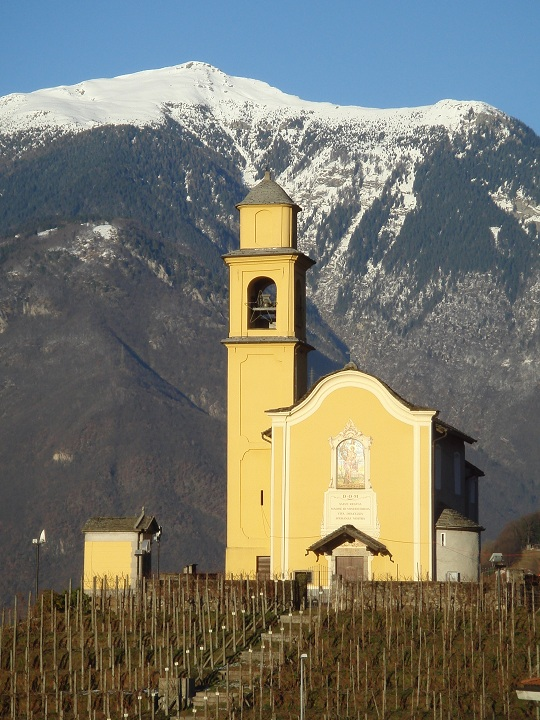 Bellinzona - Church with a mountain backdrop