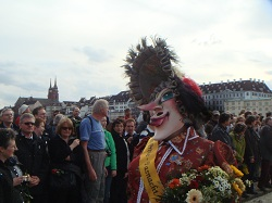 Basler Fasnacht - Fasnachtler and Münster at the Fasnacht cortege